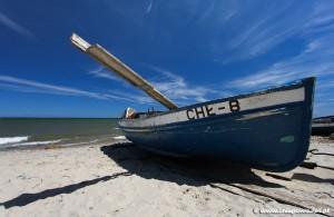 Chłapowo łodzie rybackie na plaży